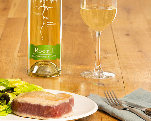 Seared tuna with Chilean Sauvignon Blanc by Root: 1